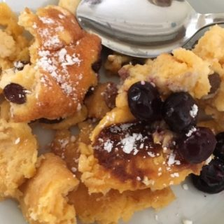 Recipe for Kaiserschmarrn: an Austrian scrambled pancake