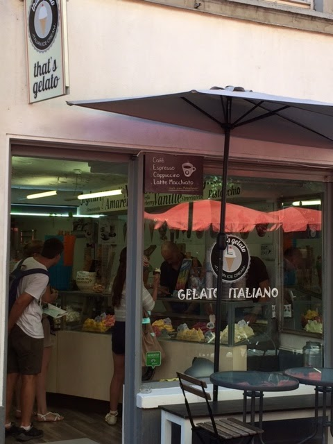 Italian ice-cream shop on Steingasse