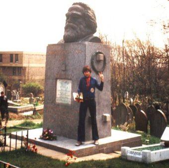 Raffael mit Karl Marx